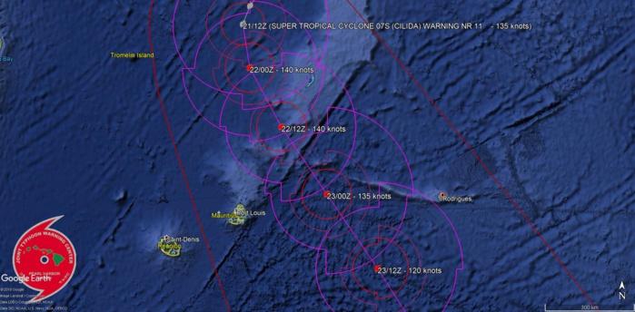 Cliquez sur l'image.Pas de changement au niveau de la trajectoire prévue par le JTWC.
