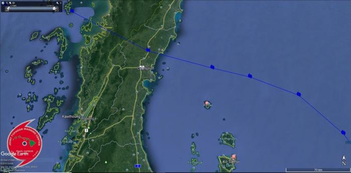 Zoom de l'image précédente. GAY passe à 95km au nord de la fameuse Ko Samui en atteignant le stade de cyclone tropical intense.