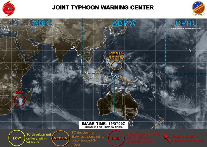 En dehors de 92S un seul autre système résiduel situé au large des Phlippines est présent sur les cartes du JTWC. Activité cyclonique très faible pour la période. Rien notamment sur le Pacifique Sud.