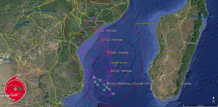 """Trajectoire et intensité prévues par le JTWC dans son premier """"warning"""" sur ce système.NB: """"tropical cyclone"""" est le terme scientifique qui regroupe les systèmes à l'intensité de dépression, tempête et cyclones tropicaux."""