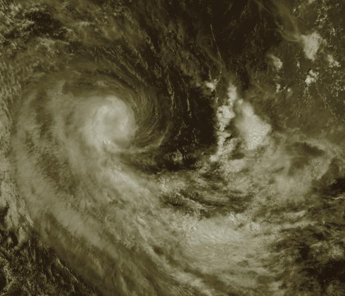 Photo satellite de midi: Météosat, que j'ai travailleé. ABanks. Le centre est assez net.