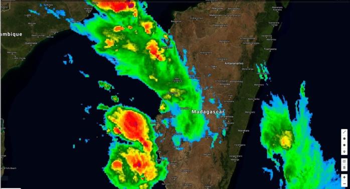 Satellite à 06h Mada. Les régions ouest et sud ouest sont touchées.