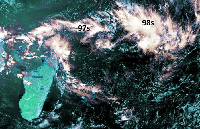 """Météosat 13h. Crédit image: Kobus, que j'ai """"enhanced""""."""