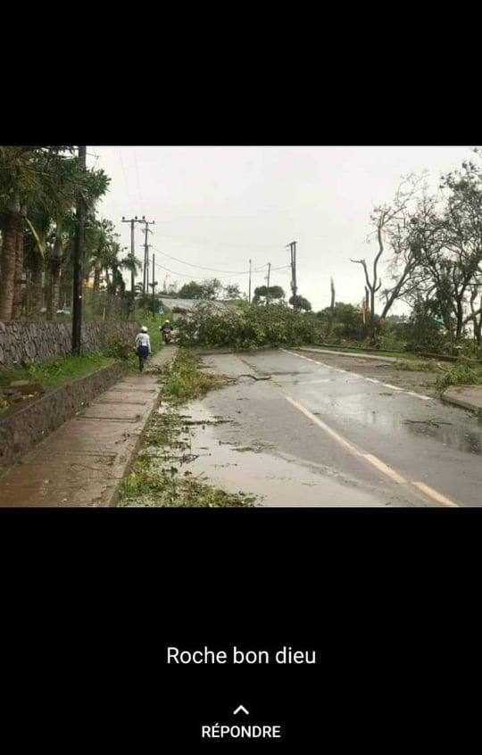 Passage du GELENA à proximité de Rodrigues:  quelques photos envoyées par notre correspondant .