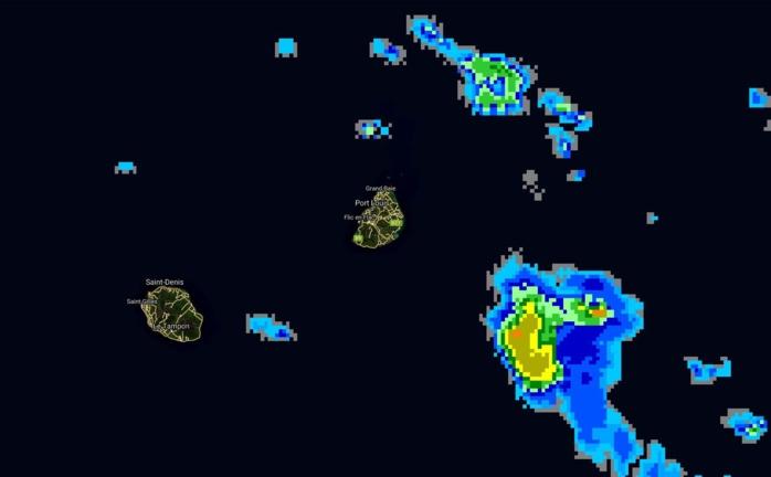 MAURICE: avis de fortes pluies levé, superbe soleil sur le plateau central (VIDEO)