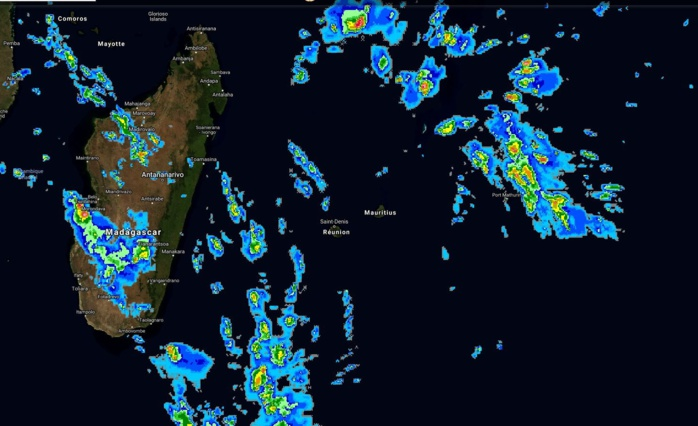 La zone à 08h15. L'image est obtenue à partir d'un compromis entre les données satellite et les simulations des modèles.