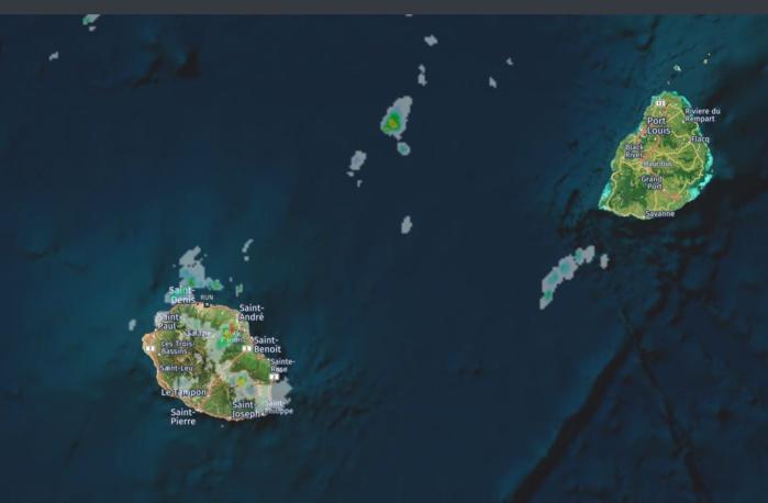 14h13. Radars de Météo France Réunion. Crédit image: https://www.meteoi.re/