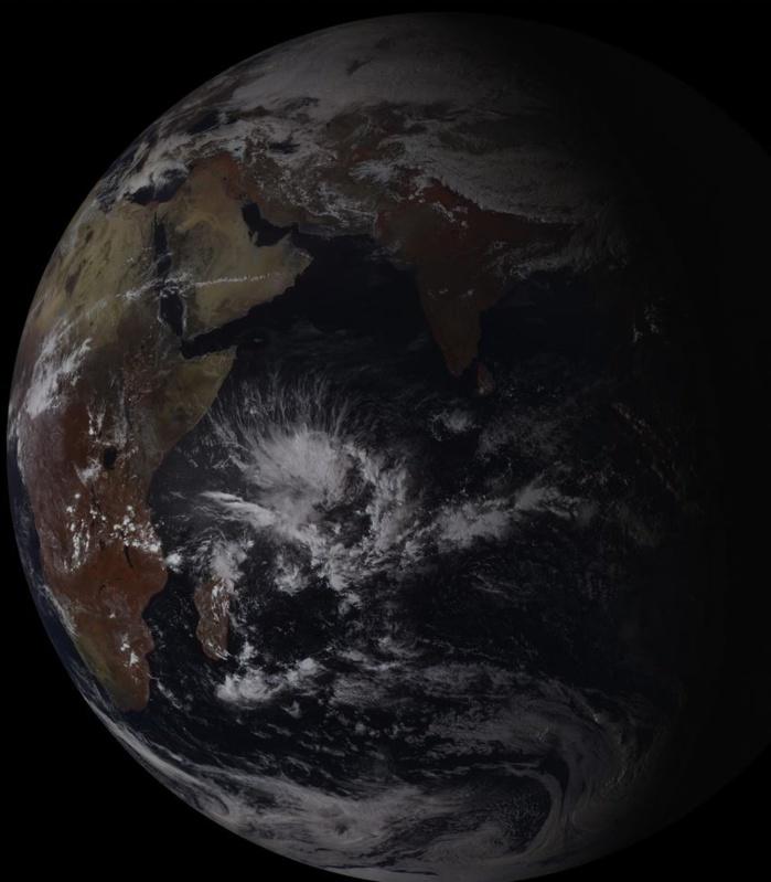 La zone vue par le satellite géostationnaire russe à 15heures.