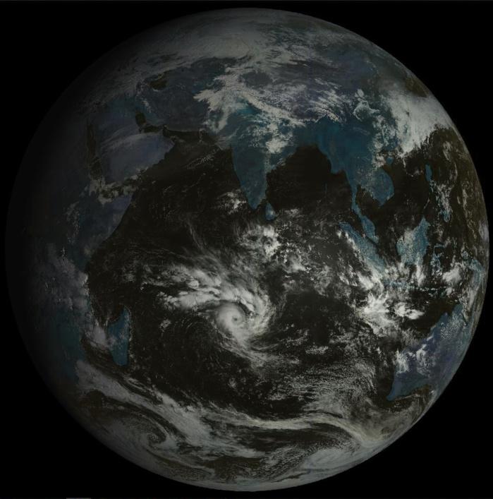 Disque du satellite géostationnaire russe à 09h.