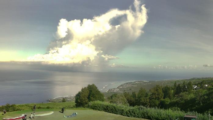 Vue sur les plages de l'ouest de la Réunion.
