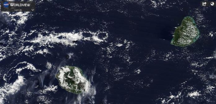 Les Iles Soeurs capturées ce matin à 10h40 par le satellite Terra.