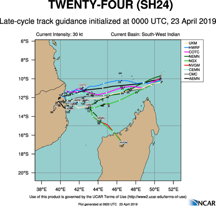 09UTC: TC 24S is forecast to intensify rapidly next 48hours, potential threat to the Comoros