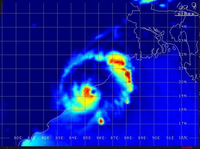 0103UTC: THE EYE WAS VERY CLOSE TO MAKING LANDFALL NEAR PURI