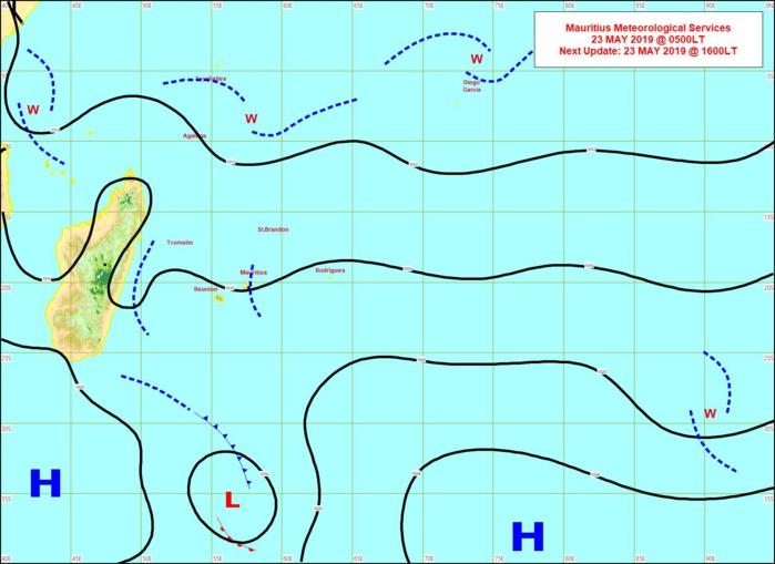 Analyse en surface ce matin à 4heures. Les vents sont faibles sur notre région. MMS/Vacoas.