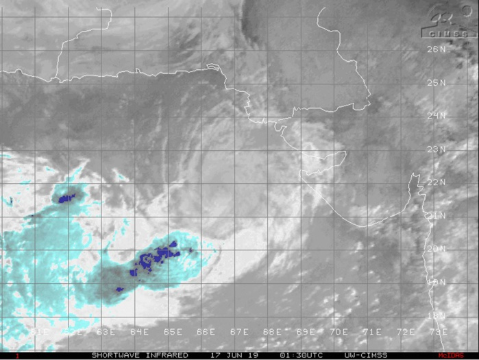 0130UTC: DECAYING CONVECTION SHEARED SOUTHWEST OF THE EXPOSED CENTER.