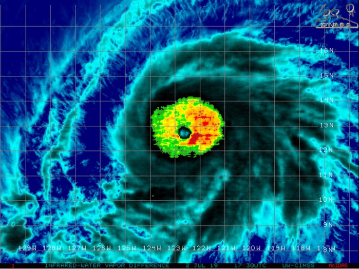 BARBARA(02E) already a category 4 US is showing a rather impressive satellite signature