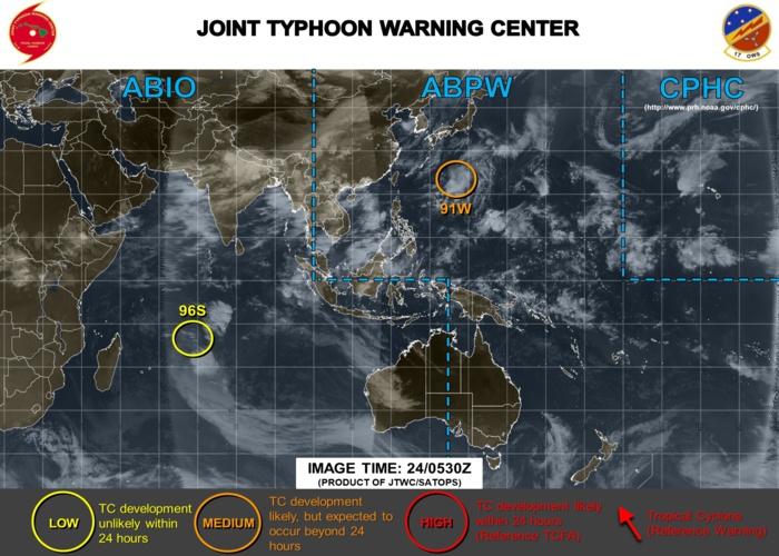 """Le système toujours classé en """"LOW"""" par la US Navy ce matin: peu de chances de développement."""