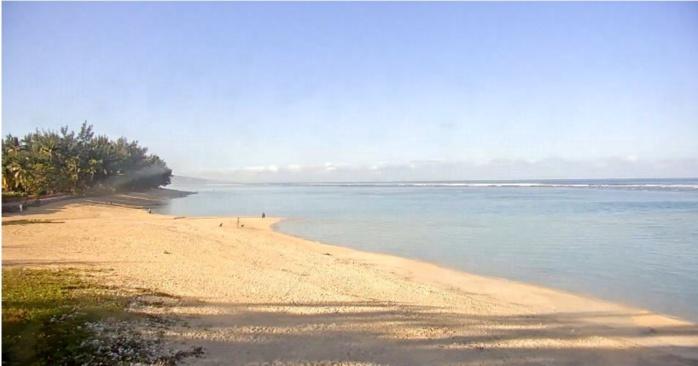 08h16: plage de l'Hermitage. Le thermomètre entame sa remontée matinale. MR