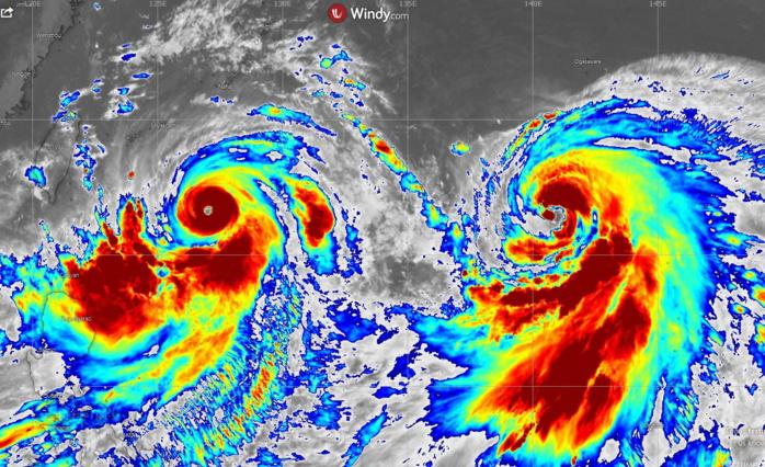 07/16heures(Mascareignes). Lekima sur la gauche s'intensifie rapidement et se rapproche graduellement de la région de Taiwan et des côtes chinoises.