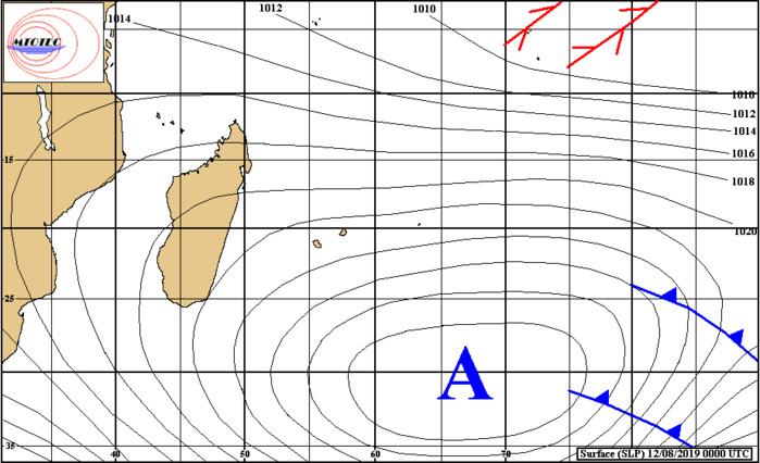 Analyse de surface ce matin. L'anticyclone domine et occasionne un temps venteux et localement humide sur les Mascareignes. MTOTEC