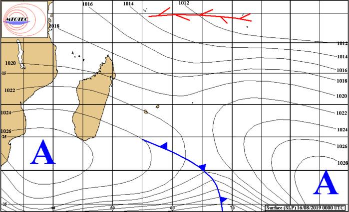Analyse de surface établie ce matin. Un système frontal atténué passe au sud des Iles Soeurs sans les concerner. MTOTEC