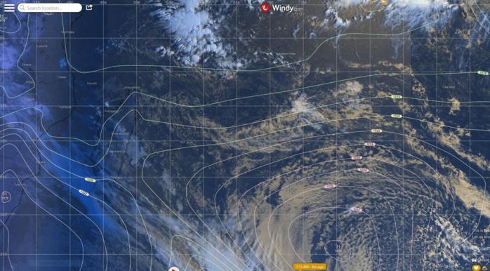 Analyse de surface de ce matin du modèle européen. L'anticyclone est en retrait loin au Sud-Est des Mascareignes. WINDY