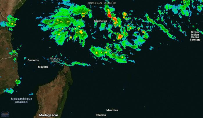 La convection se renforce au Nord de la zone près des îles Seychelles et Agaléga. Des orages ont été détectés cet après-midi. Une formation cyclonique est possible d'ici ce weekend et le début de la semaine prochaine au Nord-Est de la Grande Ile.