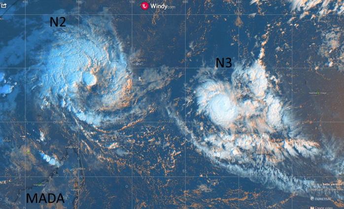 Les dépressions tropicales N2 et N3 capturées ce matin à 7h par Météosat.