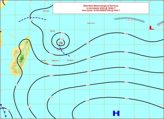 Carte de la situation de surface ce Mercredi à 16heures émise par la météo mauricienne. Les isobares(lignes en noir) sont assez resserrées sur les Mascareignes. Le temps est donc venteux. MMS/Vacoas.