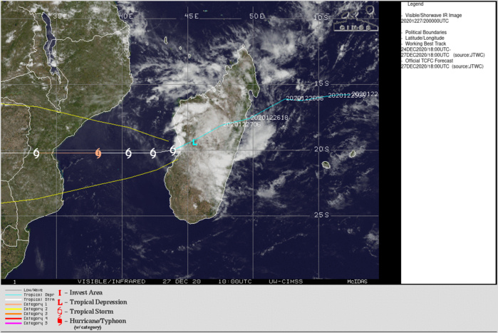 WARNING 7: FORECAST TO REACH CATEGORY 1 US BY 48H. CLICK TO ANIMATE IF NECESSARY.