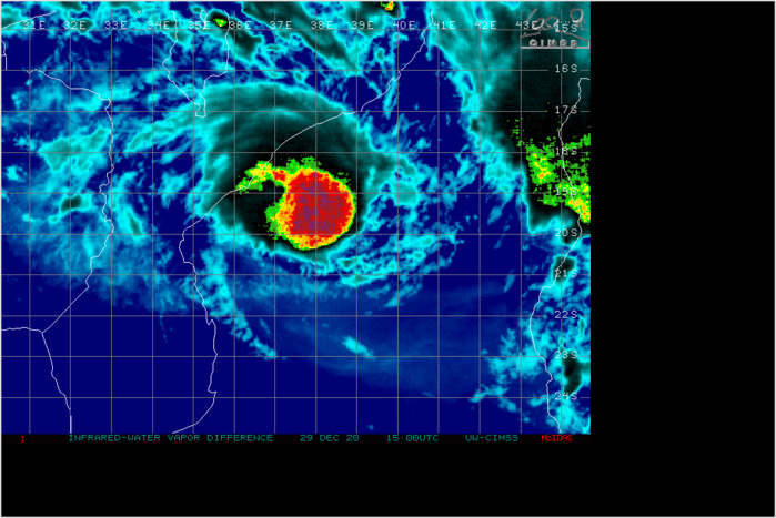 TC 07S(CHALANE) IS DIRECTLY IMPACTING ON THE BEIRA AREA. CLICK TO ANIMATE IF NECESSARY.