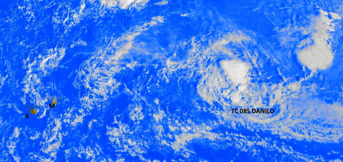 06/0245UTC. TC 08S. SATELLITE SIGNATURE HAS DRAMATICALLY WEAKENED FOR THE PAST 12HOURS AS THE SYSTEM IS DEALING WITH A MARGINAL ENVIRONMENT. PH.
