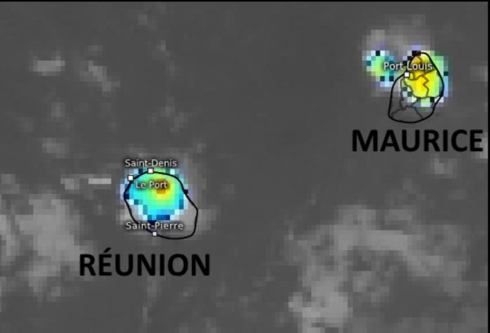 24/14h30. Les nuages les plus actifs sont au dessus des hauteurs de Sainte Marie/RÉUNION et sur le Nord-Ouest de MAURICE. Eumetsat.
