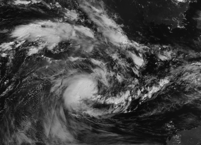 INVEST 98S BEFORE BEING NUMBERED TC 22S. 25/18UTC. NPP MOONLIGHT VISIBLE.