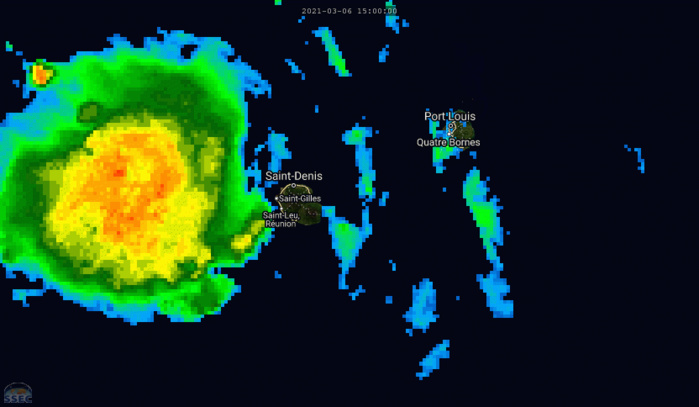 INVEST 91S. 07/00UTC. 9H ANIMATION DEPICTING  INTENSE CONVECTION TRACKING OVER RÉUNION ISLAND WHERE A MARKED THUNDERY ACTIVITY IS REPORTED. SEVERAL LOCATIONS REPORT TOPS GUSTS NEAR OR ABOVE 100KM/H(TOPOGRAPHY ENHANCED).