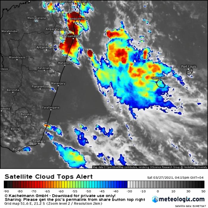 Animation satellite de ce Samedi 27 Mars entre 16h15 et 18h45. On voit bien la zone pluvio-orageuse progresser en partie vers la RÉUNION. Si nécessaire cliquez pour animer.