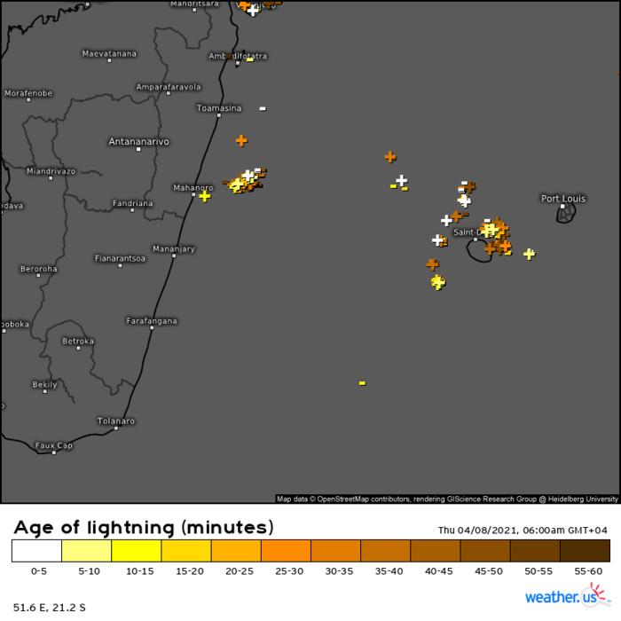 6 heures ce Jeudi matin. L'activité orageuse de la dernière heure est concentrée autour de la RÉUNION et au large de la côte Est de MADA. WUS.
