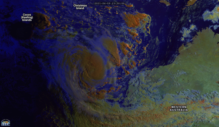 10/0230UTC. 3H ANIMATION. SMALL 27S(ODETTE) IS ROTATING CYCLONICALLY  AROUND THE EASTERN PERIPHERY OF TC 26S(SEROJA) AND IS EXPECTED TO COMPLETE  THE FUJIWHARA INTERACTION AS IT BECOMES ABSORBED IN TC 26S WITH  DISSIPATION EXPECTED BY 12H. IF NEEDED CLICK TO ANIMATE.