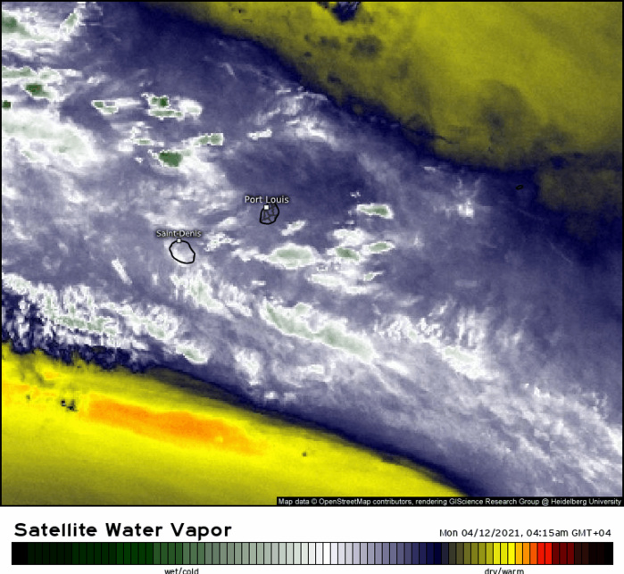 La masse d'air reste potentiellement humide sur la région des ILES SOEURS. WUS.