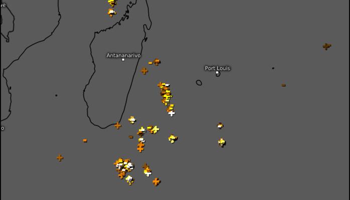 Activité orageuse observée entre 5h15 et 6h15 ce Lundi matin. WUS.