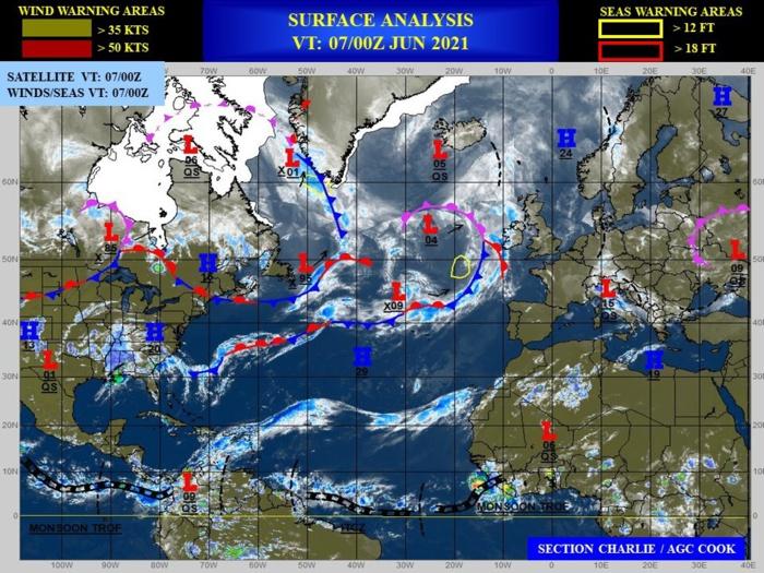 Western North Pacific: no Suspect Area at the moment// Eastern North Pacific: TCFA for Invest 92E