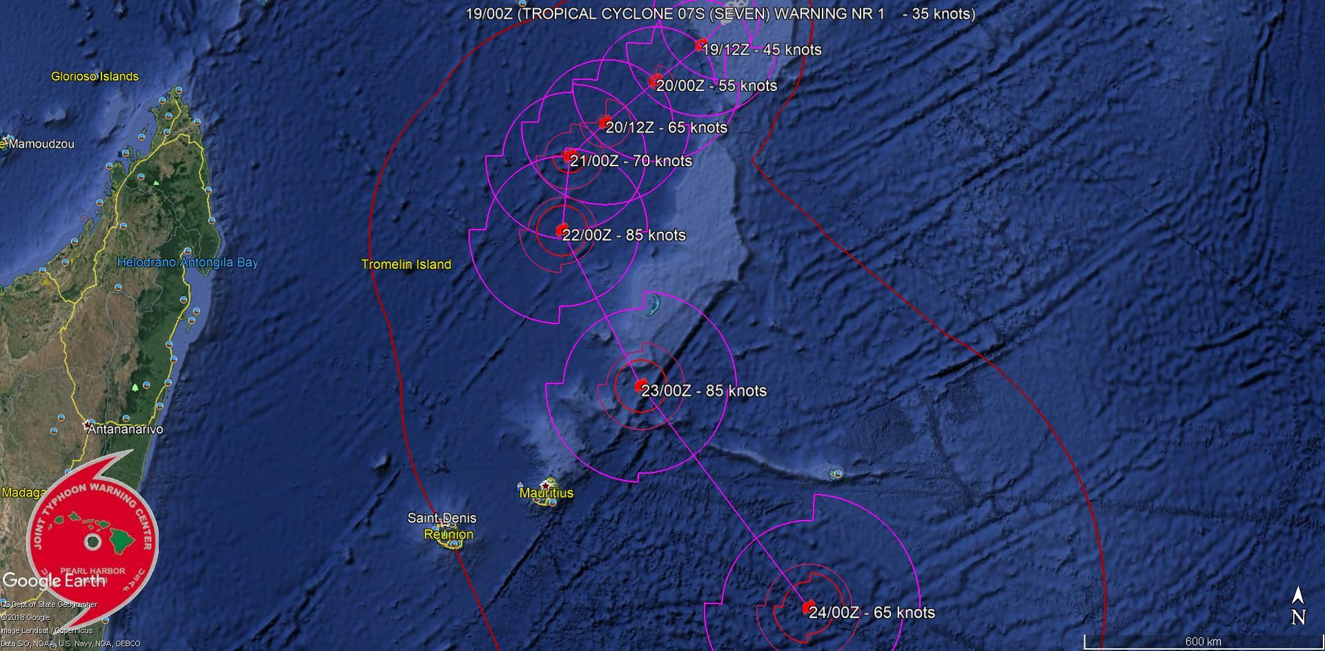 """Cliquez sur l'image. NB: """"tropical cyclone"""" en anglais est le terme scientifique qui regroupe les systèmes à l'intensité de dépression, tempête et cyclone(ouragan/typhon)."""
