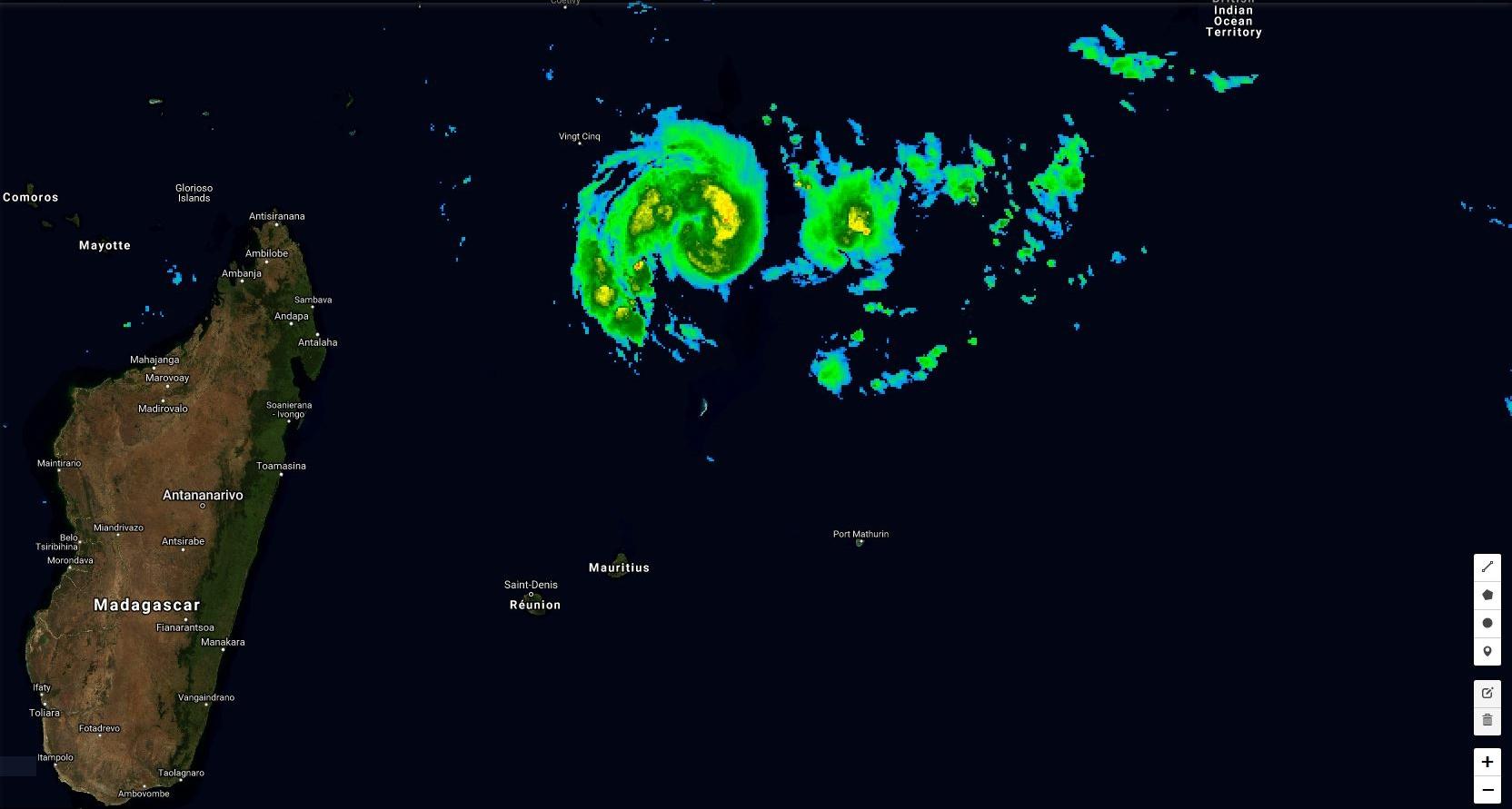 La tempête CILIDA s'intensifie à environ 500km de Saint Brandon.