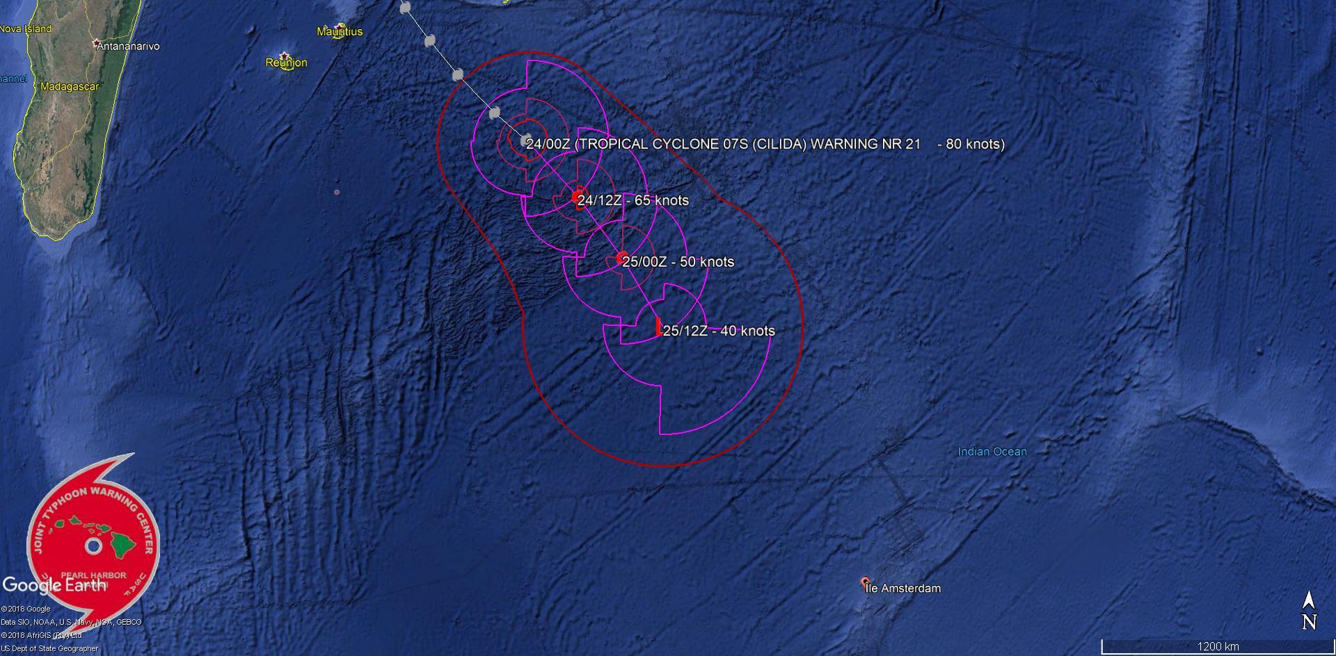 La dernière position de cette prévision de trajectoire place le système alors extra-tropical à quelques 1100km de l'île Amsterdam.