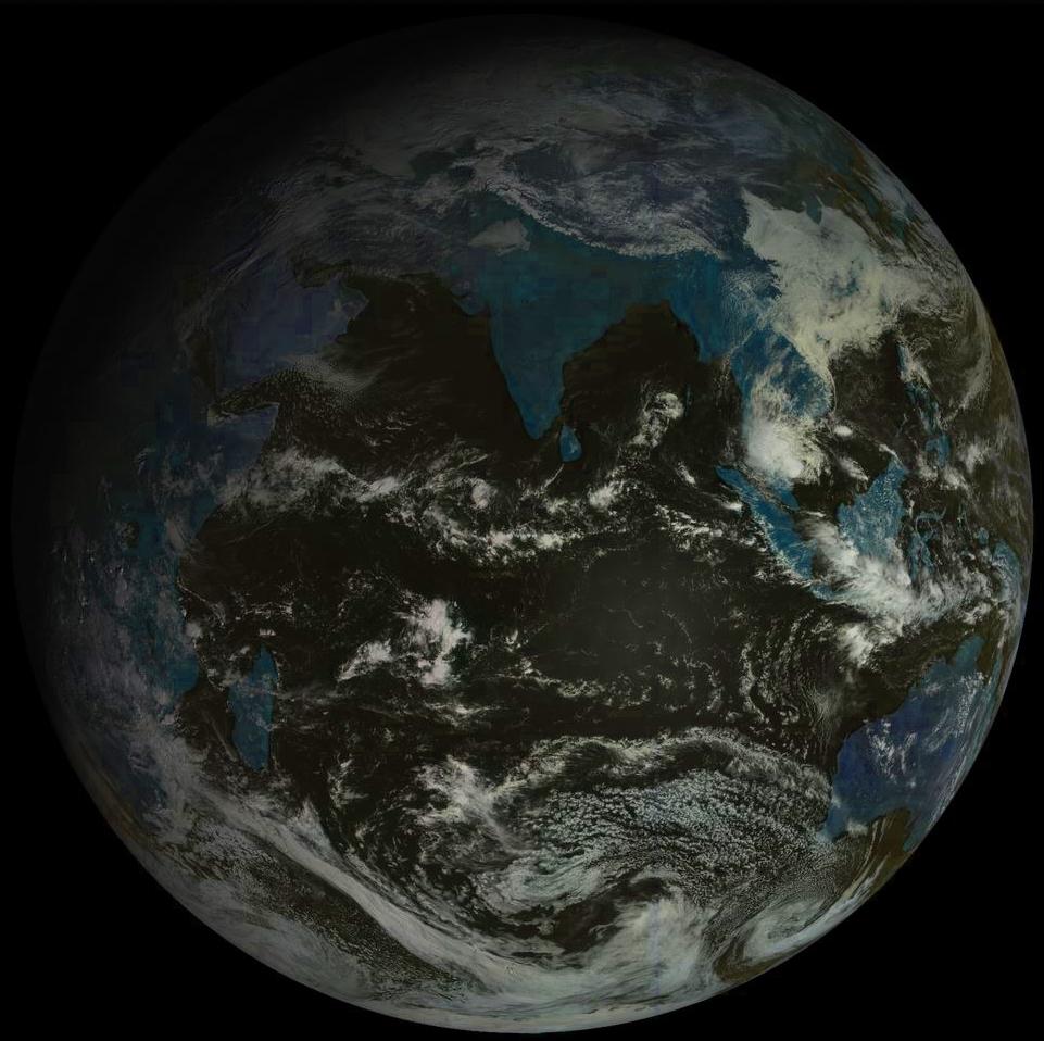 Prise de vue de l'ensemble de l'océan indien par le satellite géostationnaire russe ce matin à 09h.