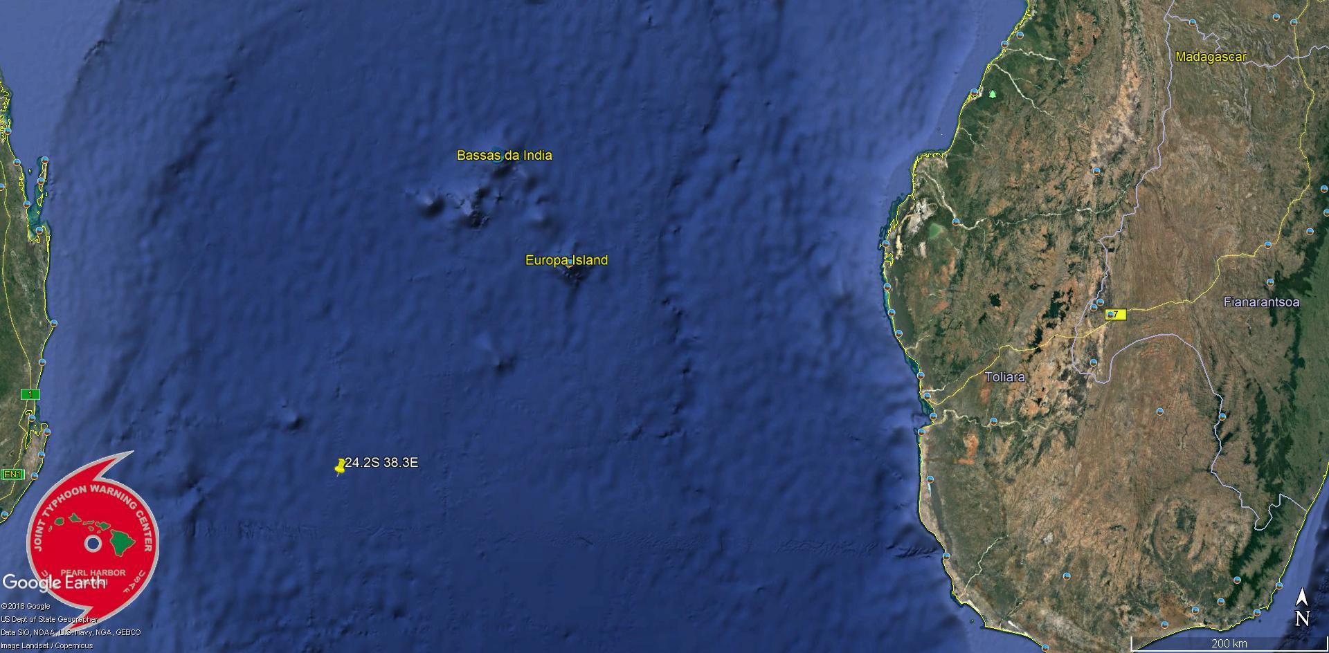 Position estimée du centre à 22h: 280km au sud ouest d'Europa.