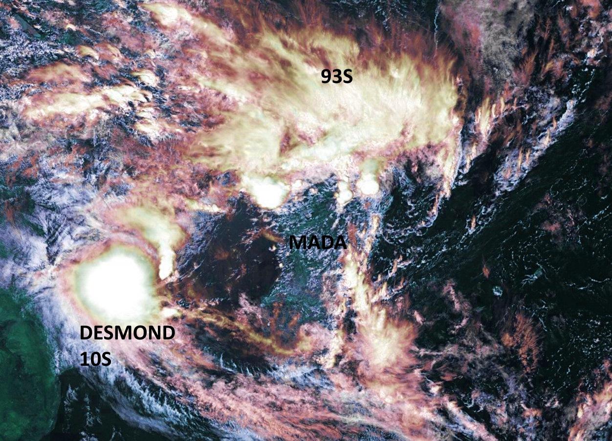 DESMOND(10S): grosse bouffée de convection ces dernières heures. 93S est bien visible sur le nord de la Grande Ile. Les Iles Soeurs sont dans une zone sèche et chaude. Météosat 14h,ABanks, que j'ai travaillée un peu.