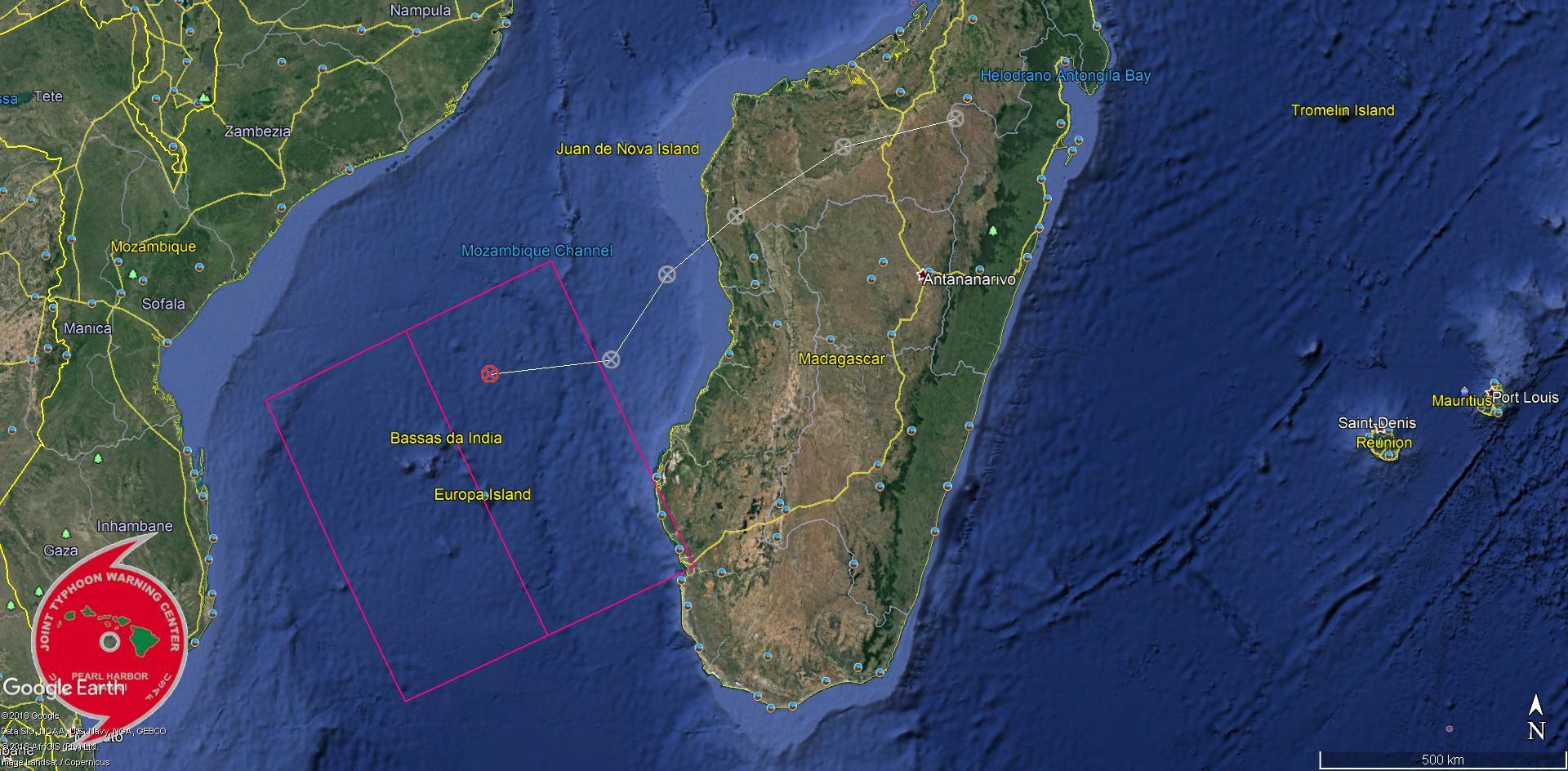 93S: le système s'est déplacé vers l'ouest au cours des dernières heures mais il est probable qu'il infléchisse vers le sud.