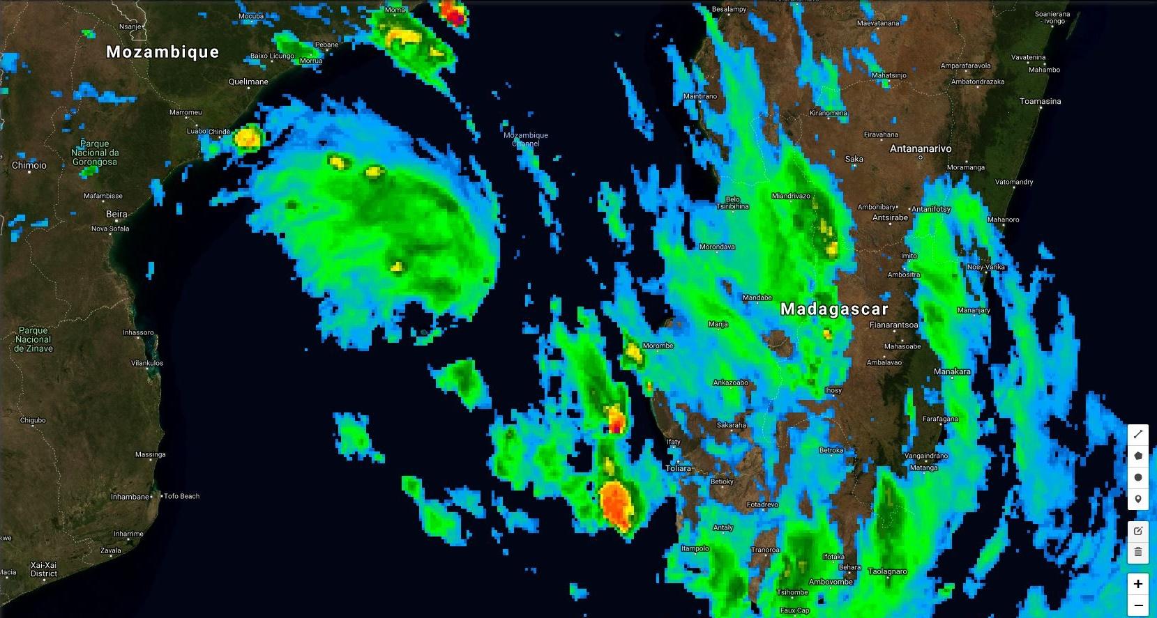 Photo satellite à 18h.