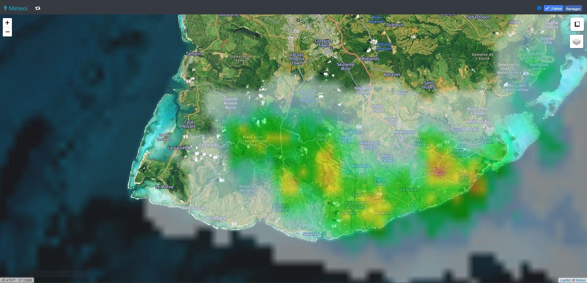 00h30: Radar Météo France Réunion. Zoom sur le sud et le sud est de Maurice. Crédit image: https://www.meteoi.re